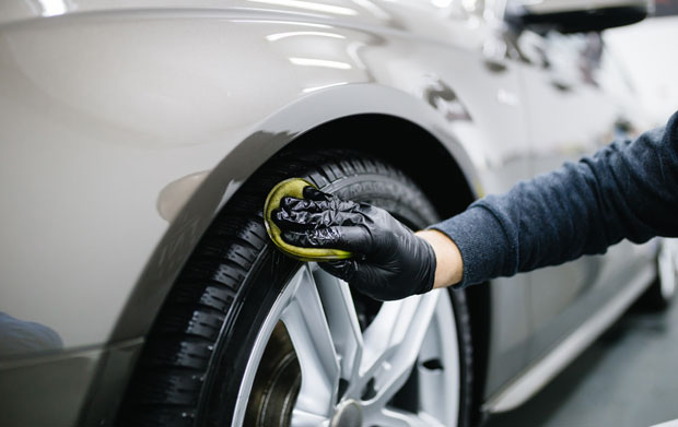 Professional auto detailing services in Edmonton, AB