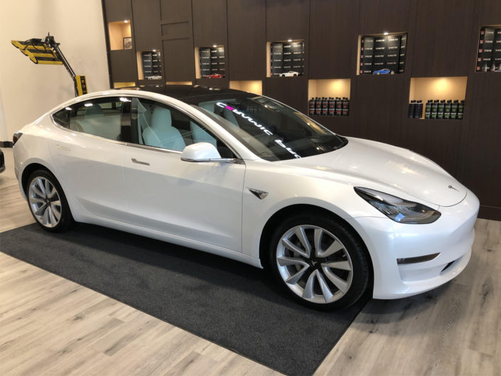 14.0 Tesla Model 3