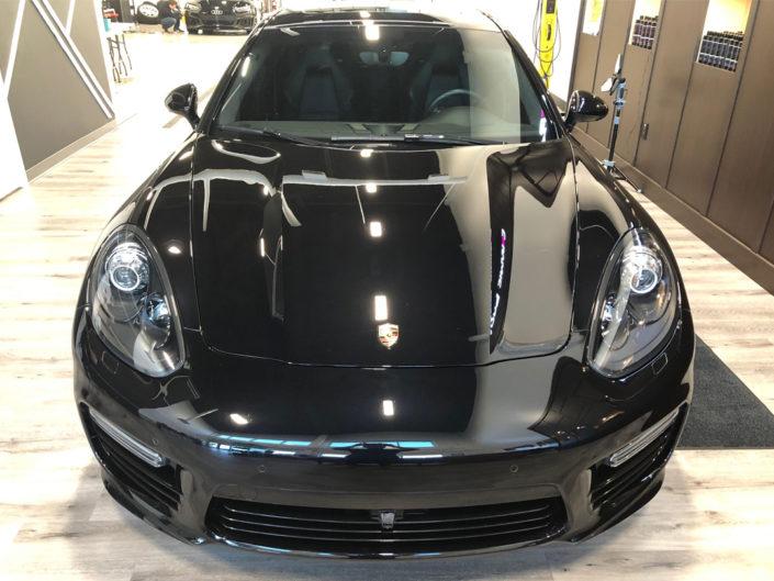 15.4 Porsche Panamera