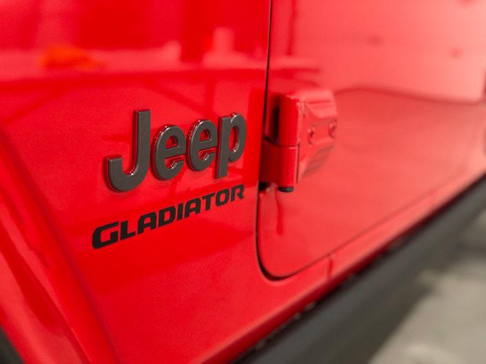 19.7 Jeep Gladiator 2020